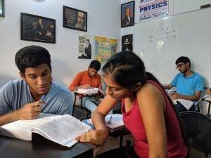 Best online physics class in Dwarka